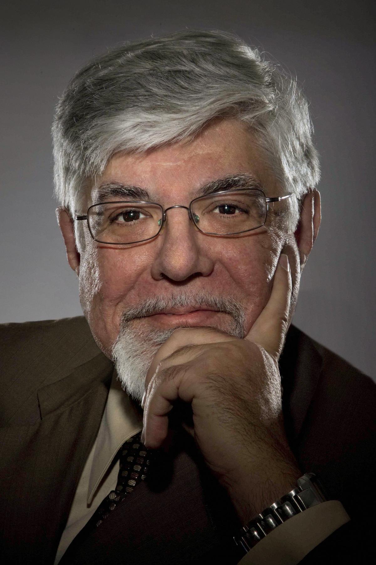 Ricardo Iznaola headshot