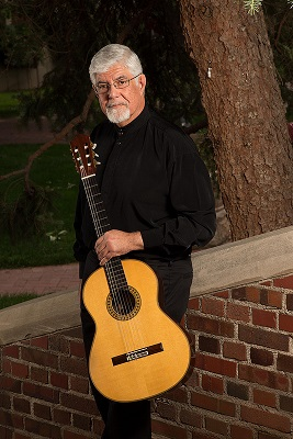 Guitarist Ricardo Iznaola
